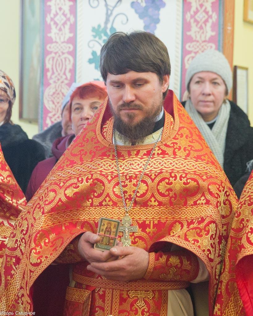 20161110-041-xram-svyatoj-velikomuchenicy-paraskevy-omsk-mitr-vladimir-ikim-img_9694